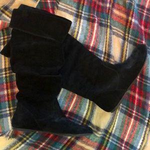 Gianni Bini black suede soft boots